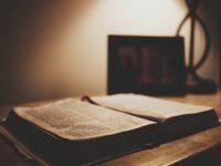 Messes et cultes mensuelles
